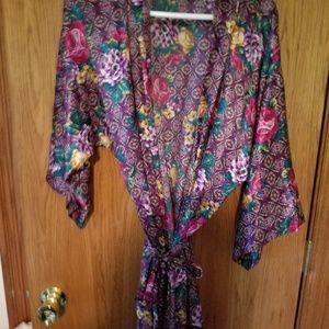 Pretty rose flower bath/lounge  robe
